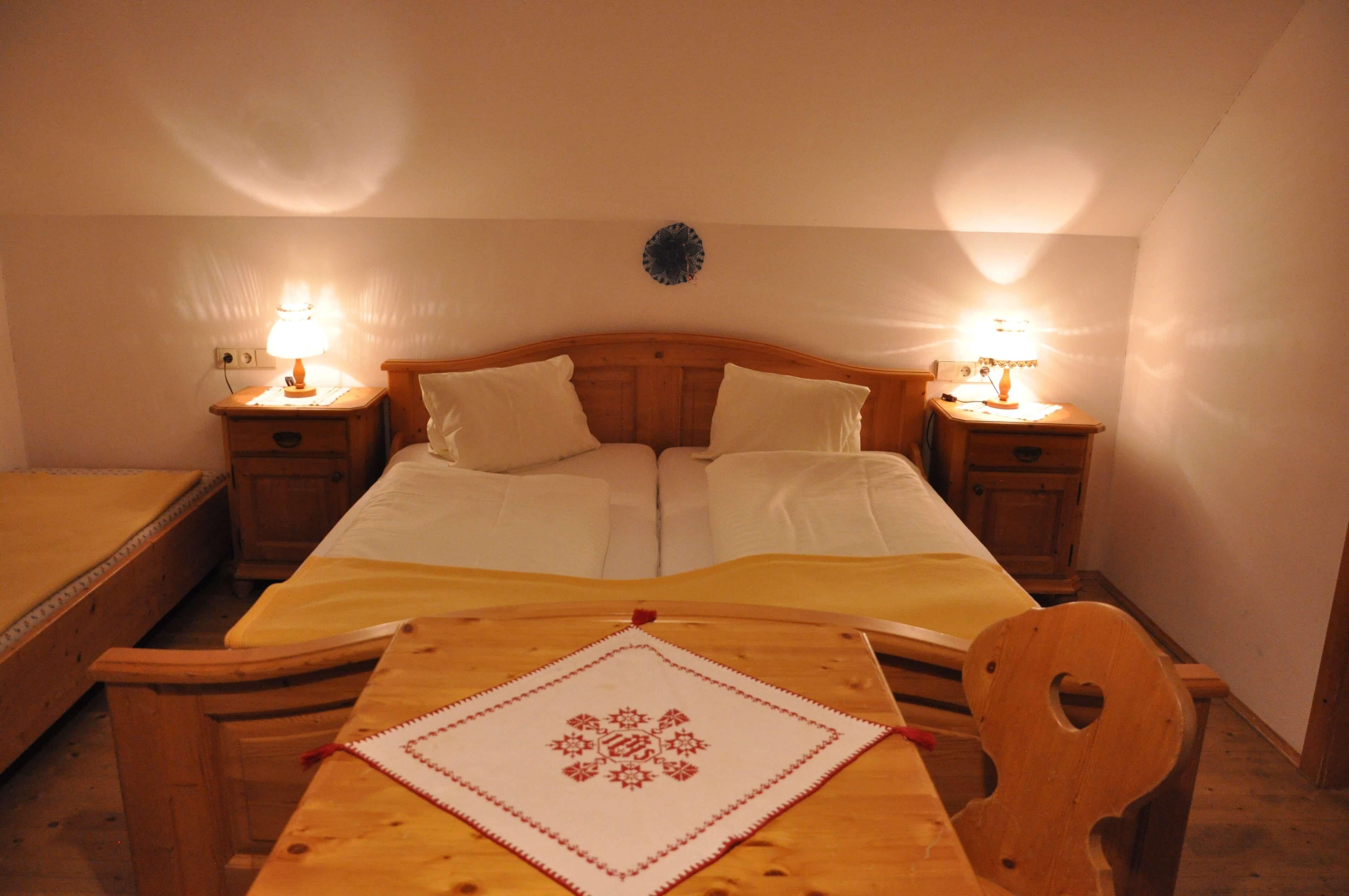 Gasthof Pension Loeffele - Zimmer Alpenblick