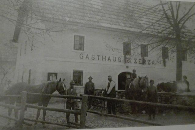 Zerza Loeffele - Bauernhof